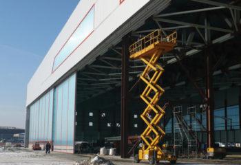 Portoni per hangar 4